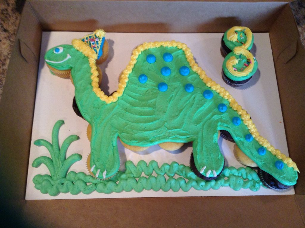 Dinosaur Cupcake Cake With Images Dinosaur Birthday Cakes