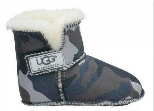 Ugg has successfully combined my two favorite things in this world into one--camo and uggs, ovbs. AND its for babies. Beyond perfect.