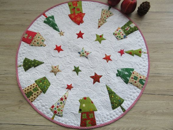 Round Tablecloth Christmas Quilt Christmas Patchwork Christmas Table Cloth Holiday Quilts