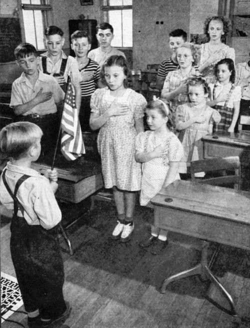 I absolutely loved <3 & I soooo miss the good old days... every morning we all stood and said our morning prayers and recited the Pledge of Allegiance it just always started our day out  on the right track ...it was a time when things were done the right way !