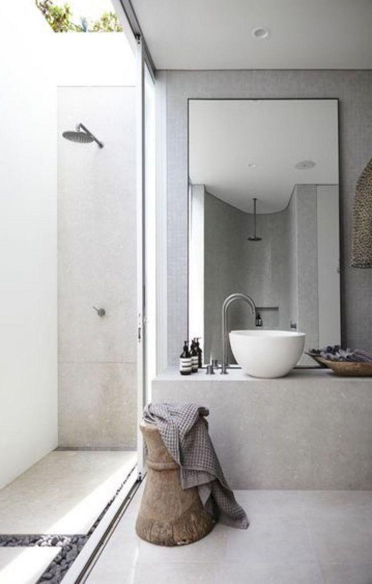 48 Stunning Ideas For Creating A Minimalist Bathroom In 2020 Minimalistische Badgestaltung Minimalistisches Badezimmer Badezimmer Klein