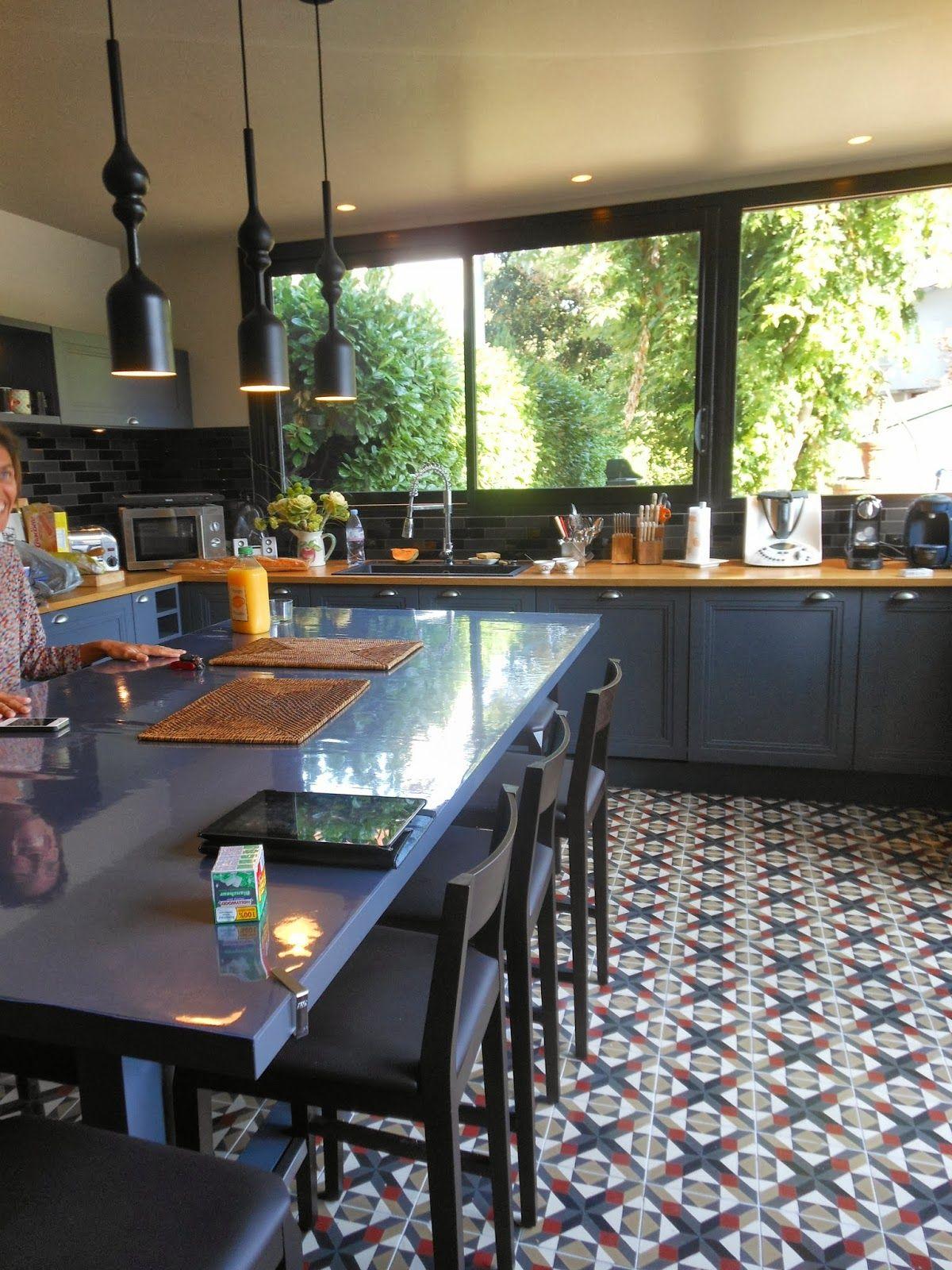 Gris bleu anthracite | Cuisine moderne, Carrelage cuisine et Veranda cuisine