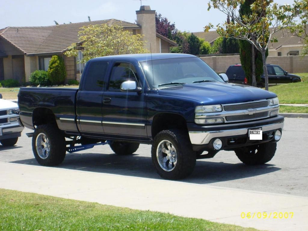 All Chevy 2002 chevy 1500 lifted : lifted full size Chevy trucks | Chevrolet Lifted Trucks Chevy ...