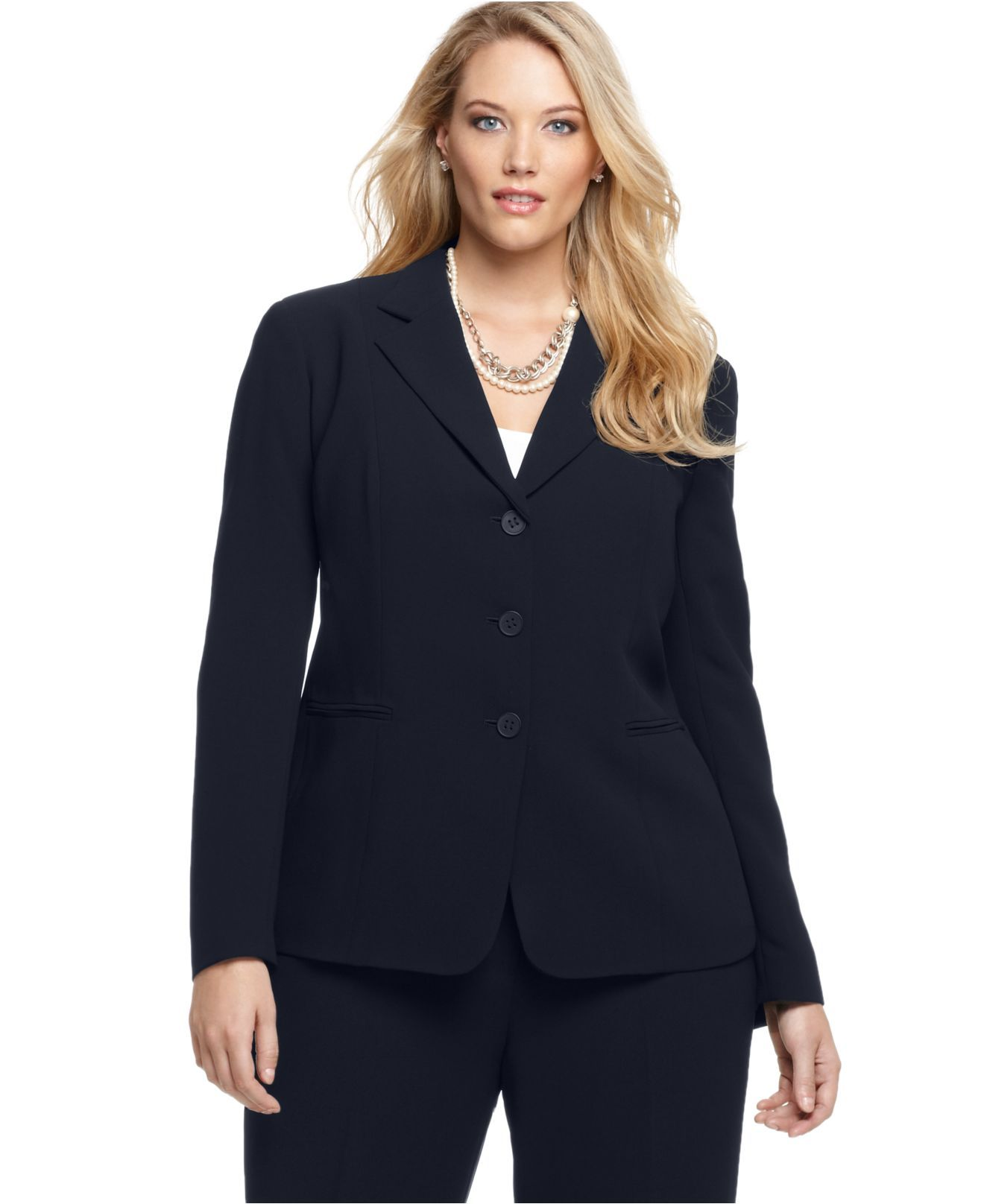 Pant Suits Work Particularly With Some Low Key Jewelry Like This Gold Pearl Necklace And C Plus Size Interview Outfits Blazer Buttons Interview Attire Women [ 1616 x 1320 Pixel ]
