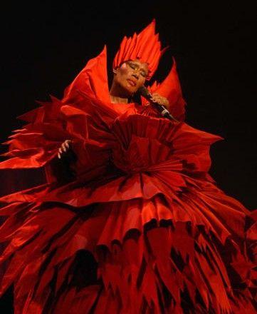 3489cb9c9388 Pin by Margarita Prounia on the theatrical costume | Eiko ishioka ...