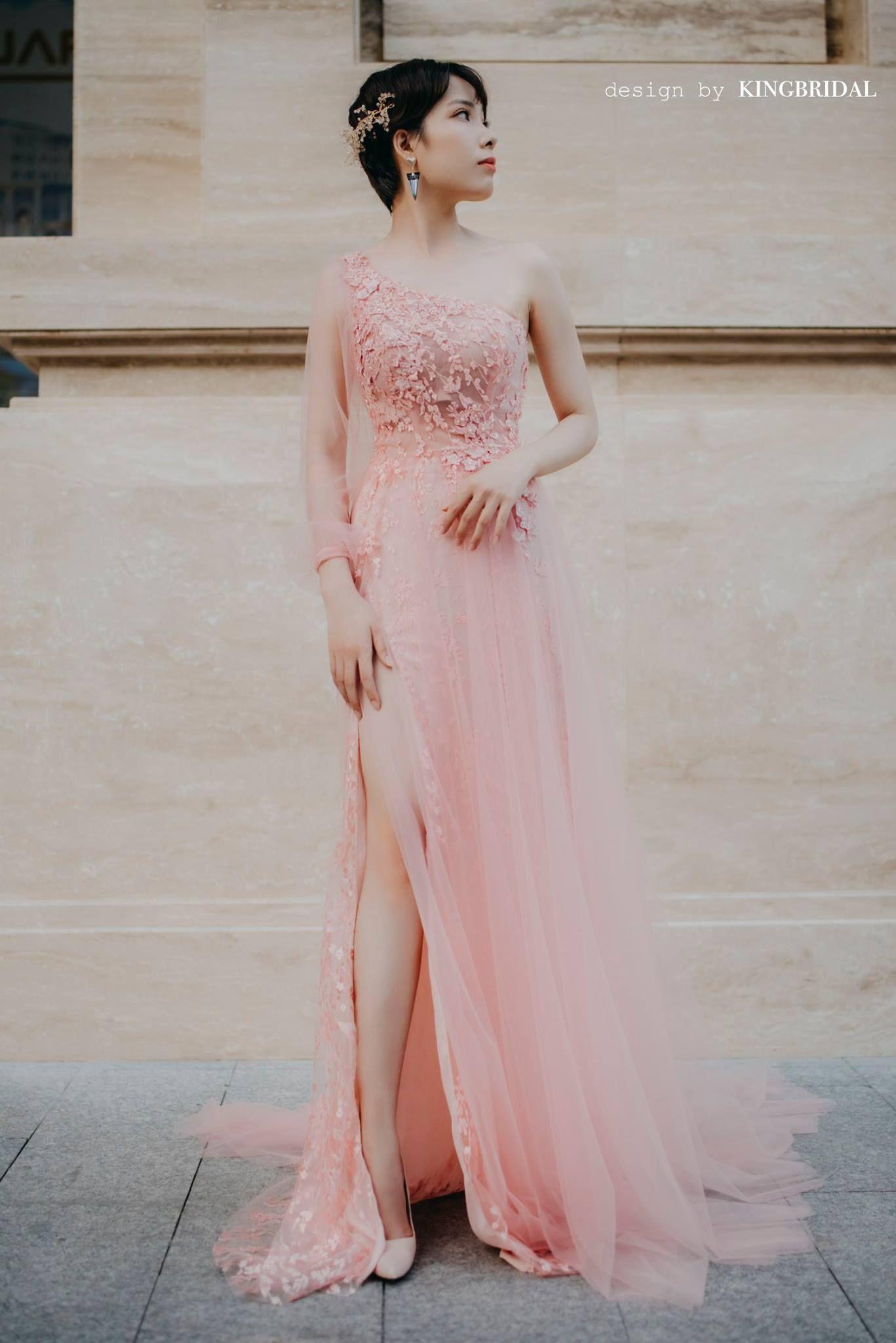 Ghim của may áo cưới giá rẻ trên wedding dress 2020 trends