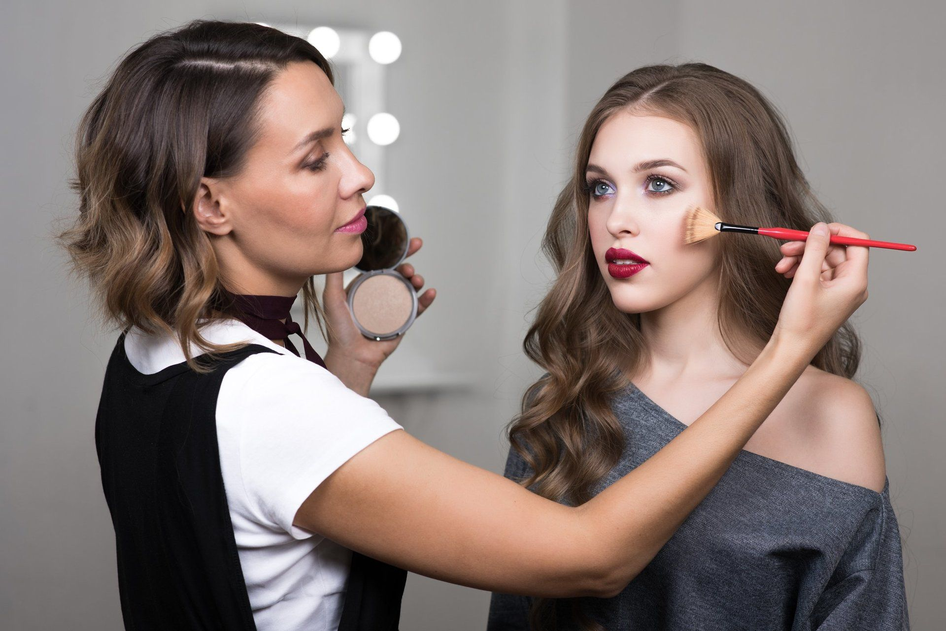 Makeup Artist Jobs Makeup Artist Jobs Celebrity Makeup Artist Celebrity Makeup