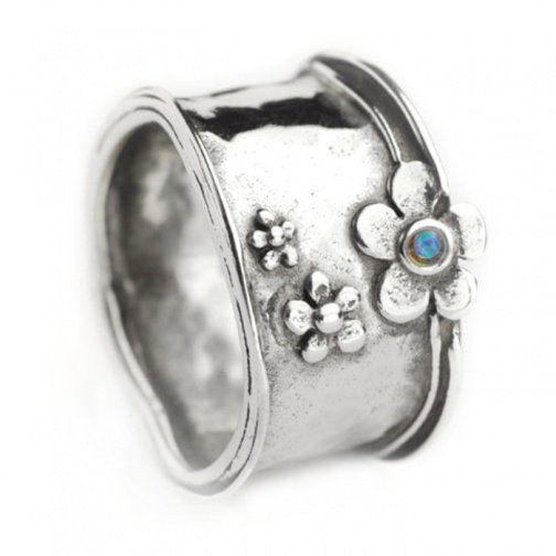 Designer Silver Handmade Aviv range Opal Daisy Ring