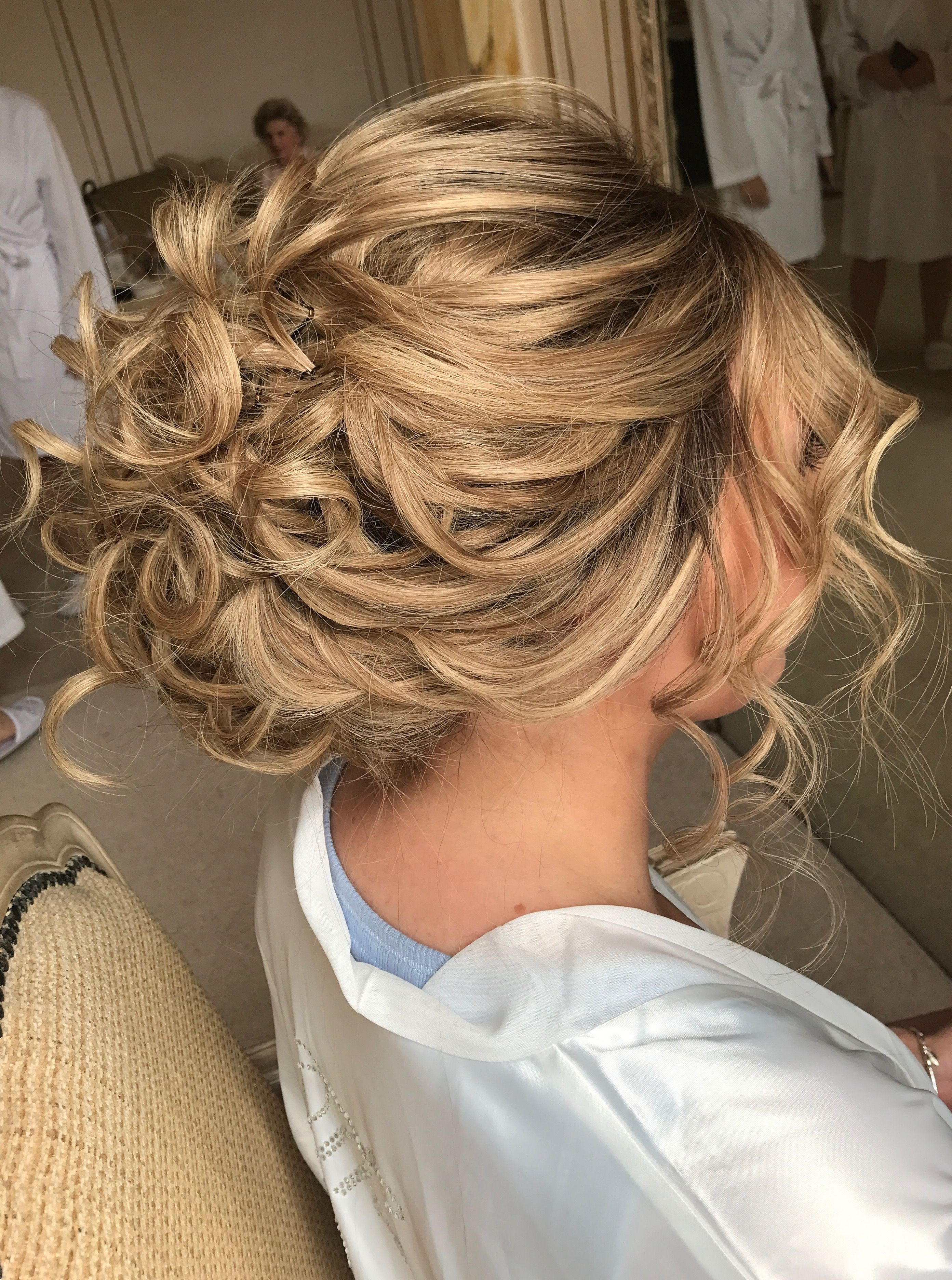 Romantic And Beautiful Wedding Hair And Makeup Flower Girl Hairstyles Wedding Hairstyles