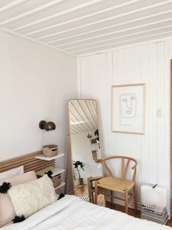 Emilie Desjarlais and her daughter have the perfect studio to relax in. We think her Scandinavian, Shaker, Loft, Kid-Friendly space is one of a kind, here's why.