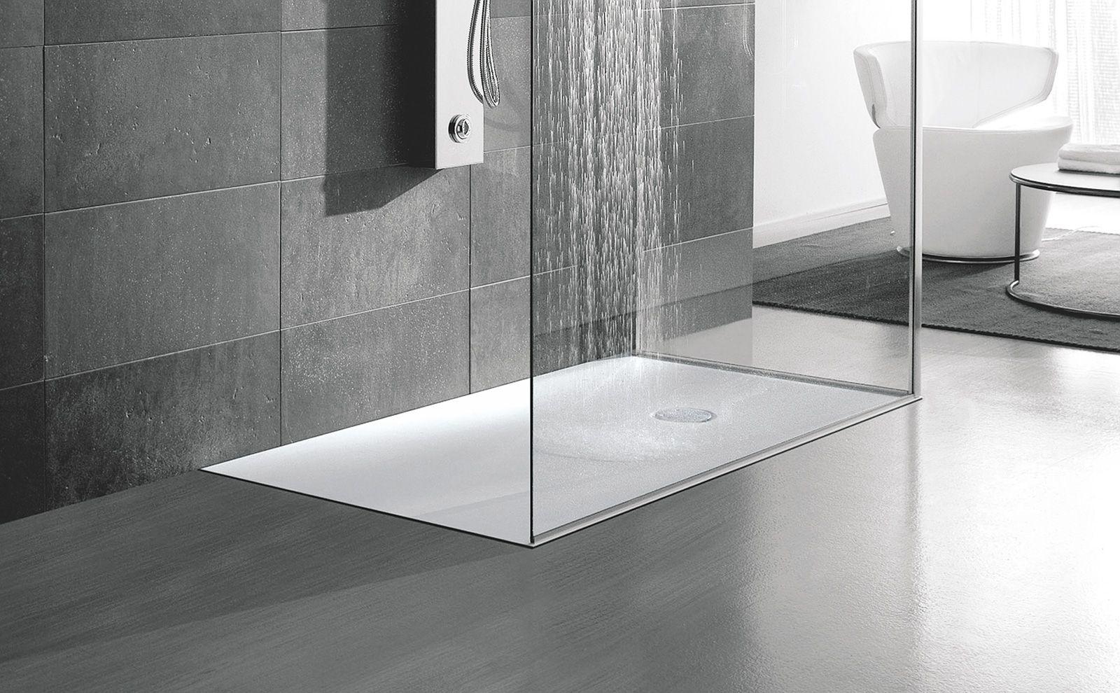 Piatti doccia a filo per un bagno trendy   Bath and House