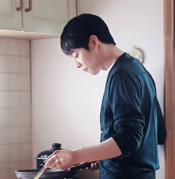 "New Still of Yoochun in ""The Girl Who Can See Smells"