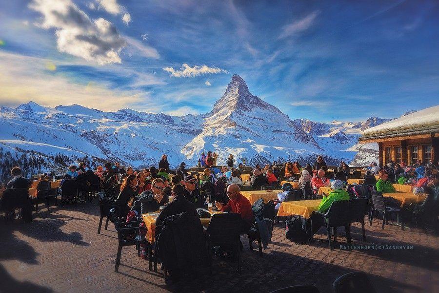 damjddesignz:  #travel: The Lunch with Matterhorn by SanghyunBaik http://ift.tt/12XU8N7