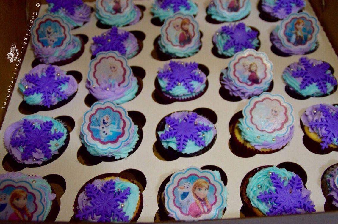 FrozenCupcakes  Photoby: Marilena Diaz