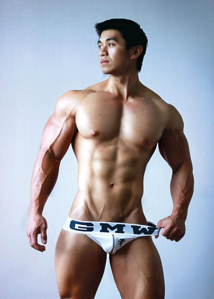 muscle Asian boy.models