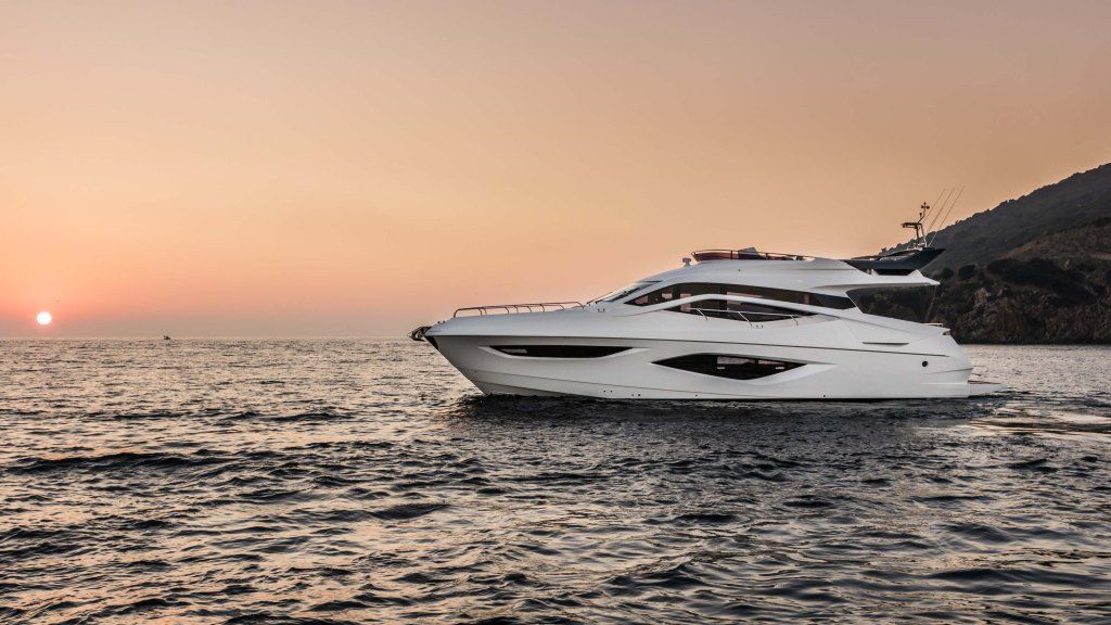 Numarine 62Fly Yacht – Robb Report