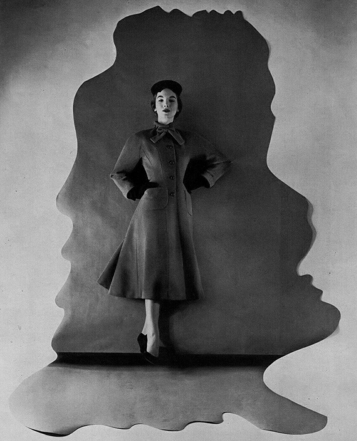 Henri Bendel A/H 195354. Photo Platt Lynes