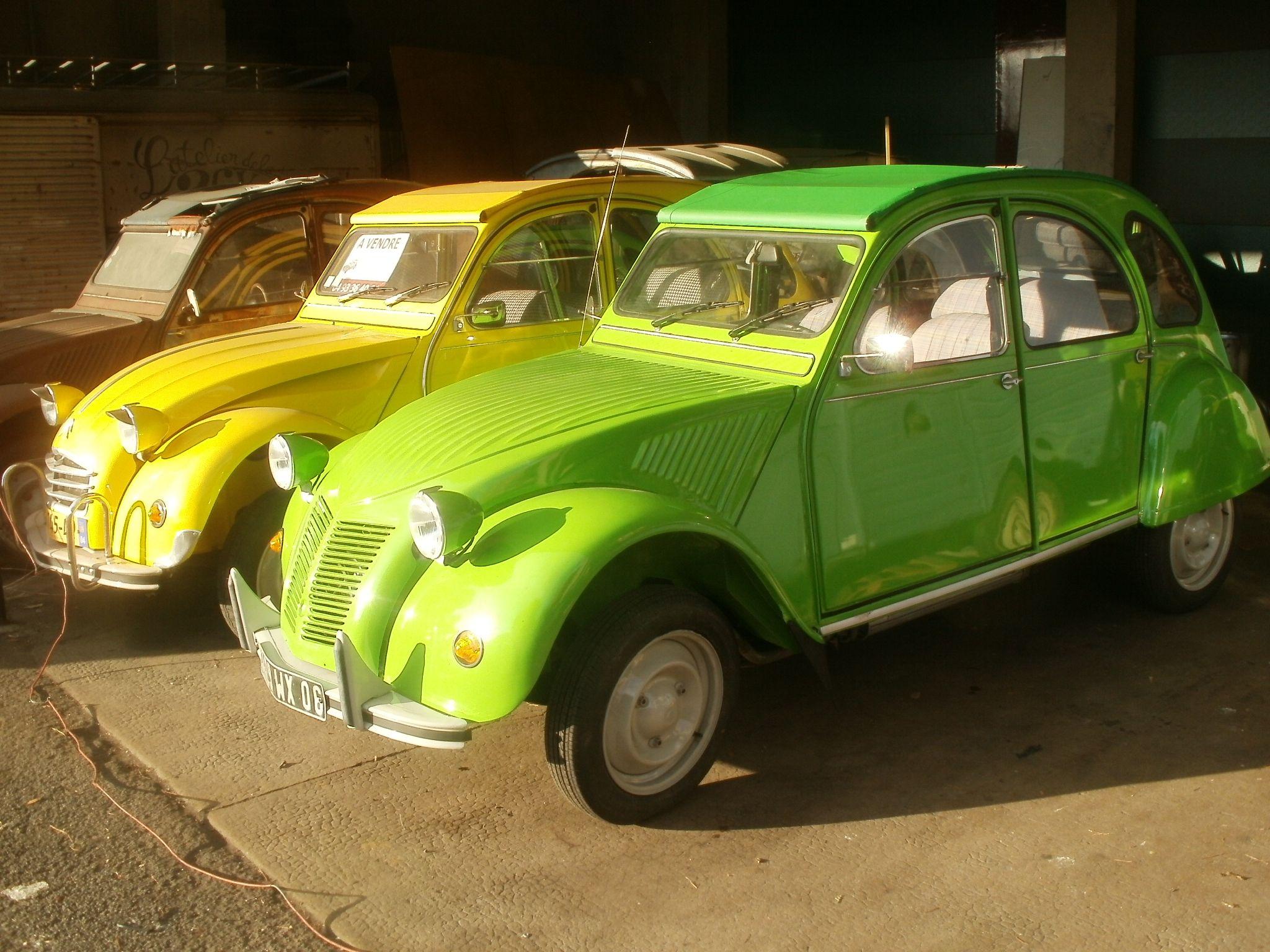 2cv L Atelier De La 2cv Grasse 06 France Citroen Car Cute Cars Retro Cars