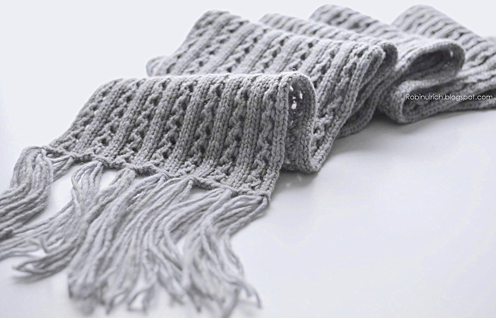 Anthology of Latest Knitted Scarves for Men & Women ...