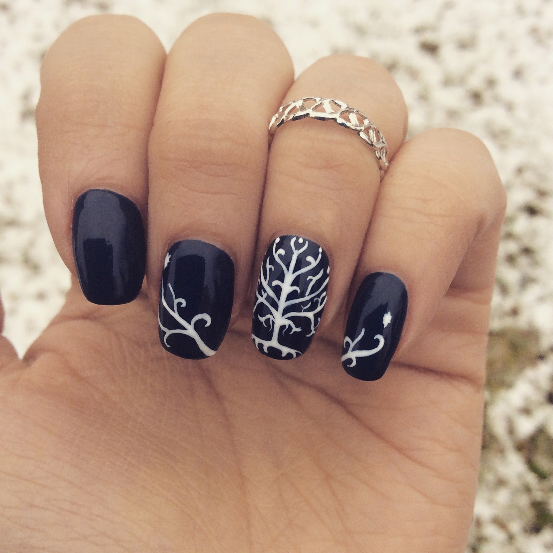 Lord of The Rings inspired nails. For Gondor! White Tree of Gondor ...