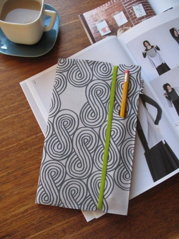 Sketchbook with pencil hole (Lime elastic please)