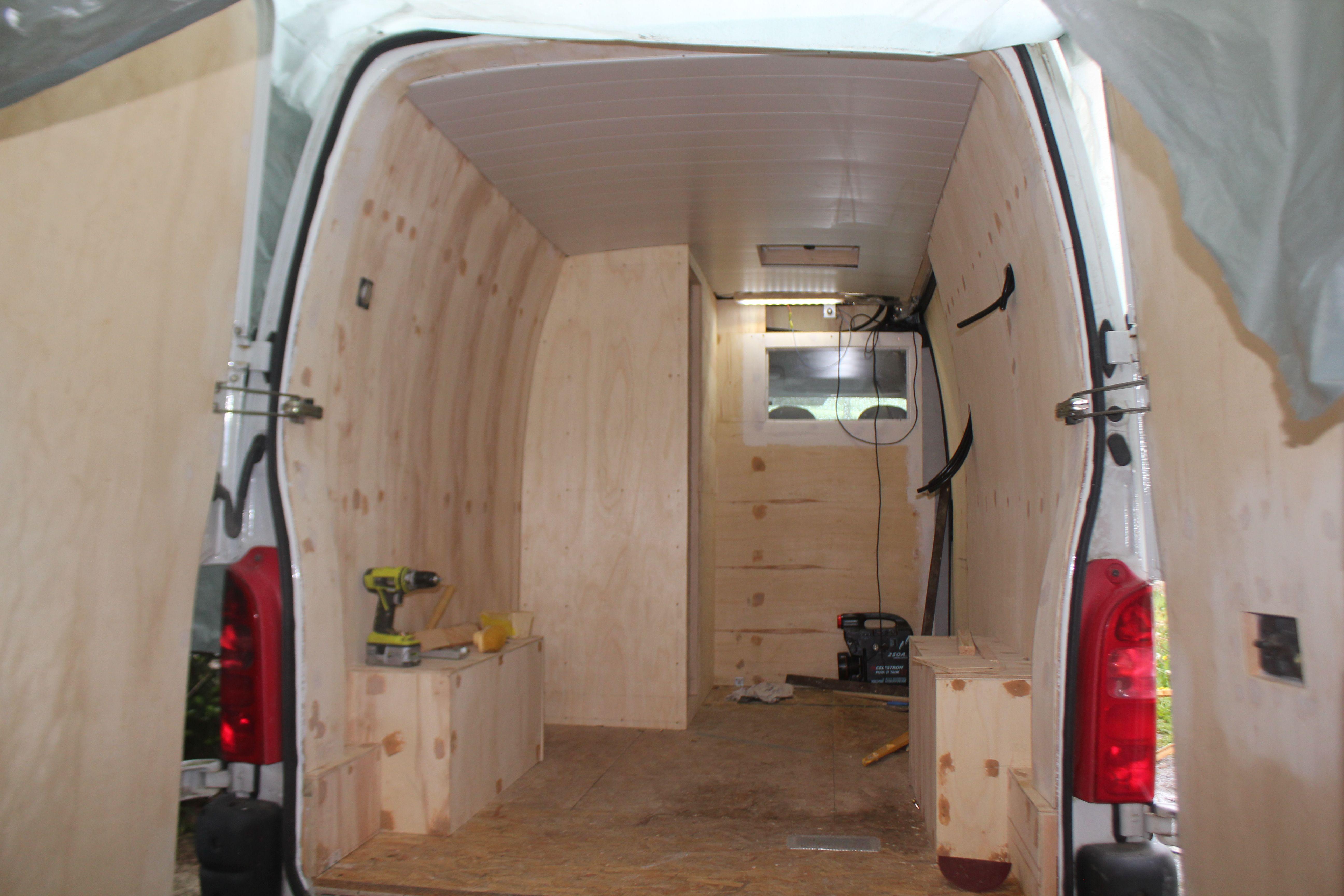 Cabine de douche fourgon pinterest fourgon fourgon am nag et camion amenager - Cabine de douche camping ...