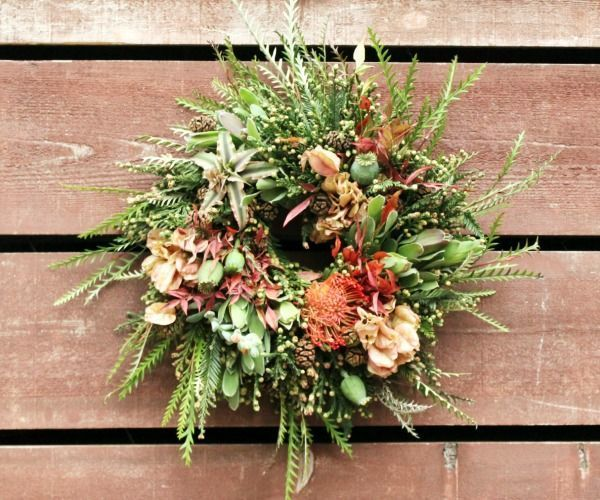 Here's how to do a modern take on the holiday wreath.