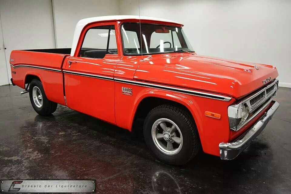 Dodge D100 Adventure Pickup 1970 With Images Pickup Trucks