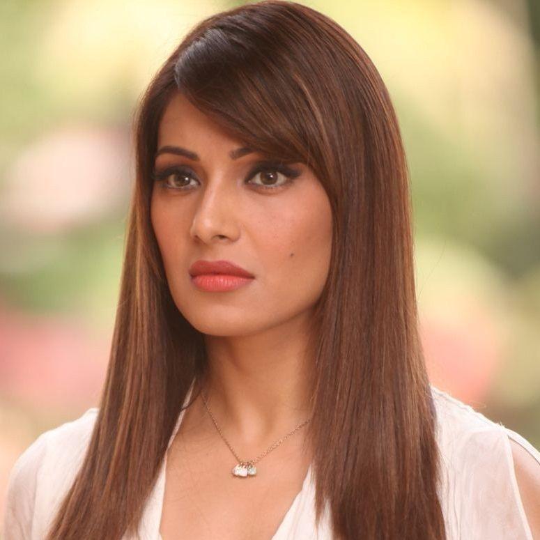 Indian Film Actress Bipasha Basu Born To A Bengali Family -2050