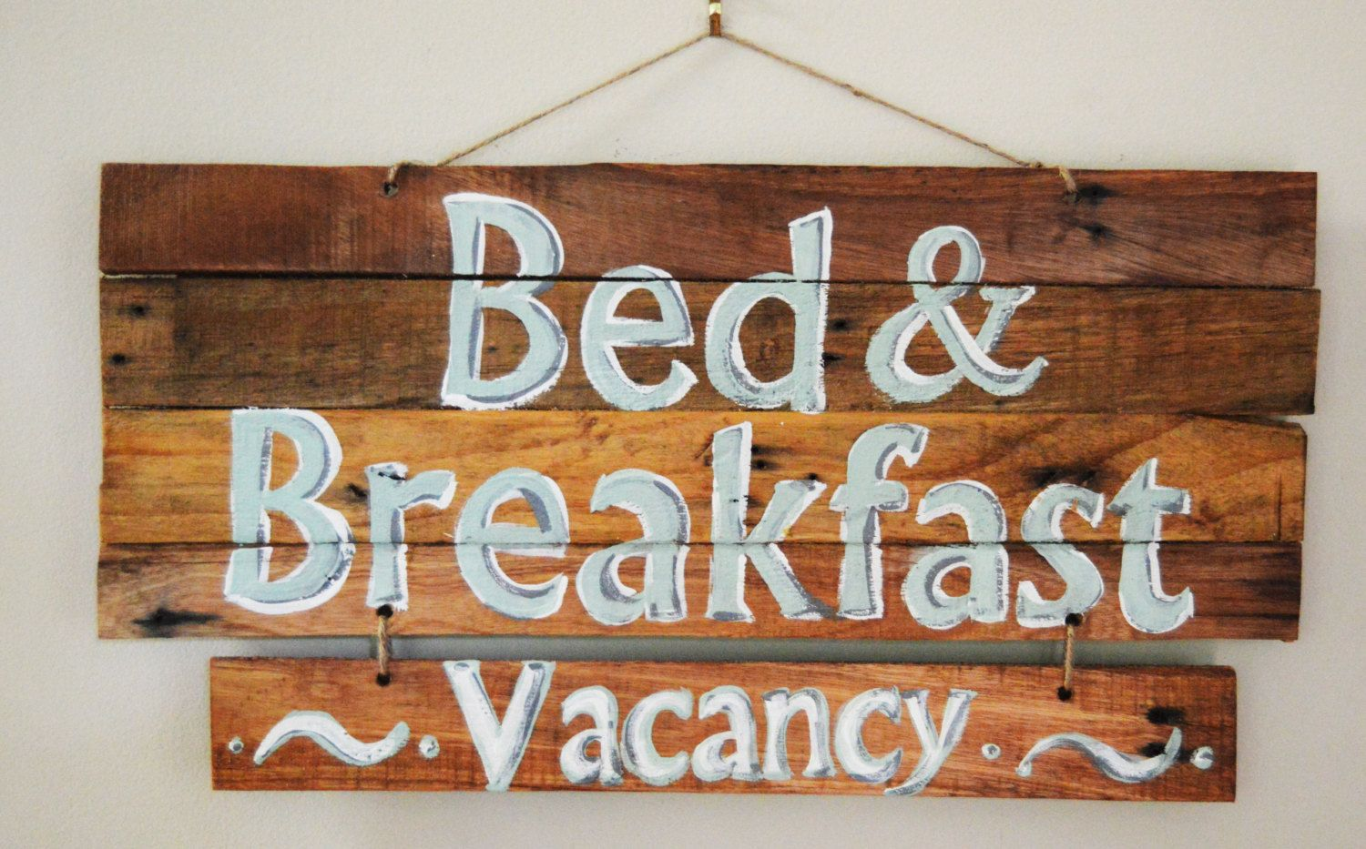 """Reclaimed wood sign with """"Bed and Breakfast"""" and """"Vacancy"""". by Artfulcastle on Etsy"""
