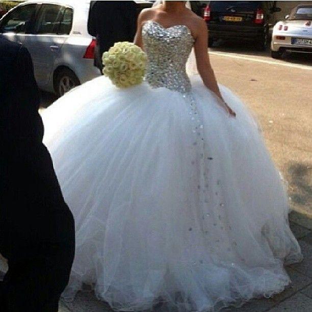 White Wedding Dress With Diamonds Google Search Ball Gowns Wedding Beaded Wedding Gowns Ball Gown Wedding Dress
