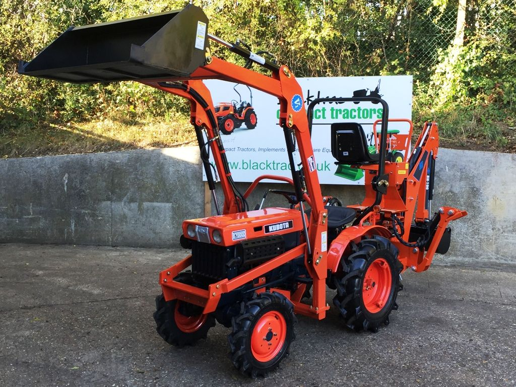 Kubota B7000 Compact Tractor With Loader Bucket And Backhoe Mini Digger From Blacktrac Compact Tractors Tractors Kubota Tractors Compact Tractors