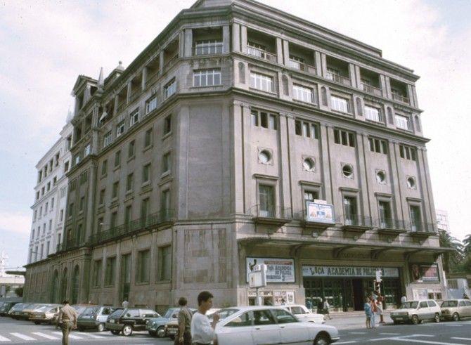 Teatro Cine Colon Avenida De La Marina Cine Viejitos A Coruña