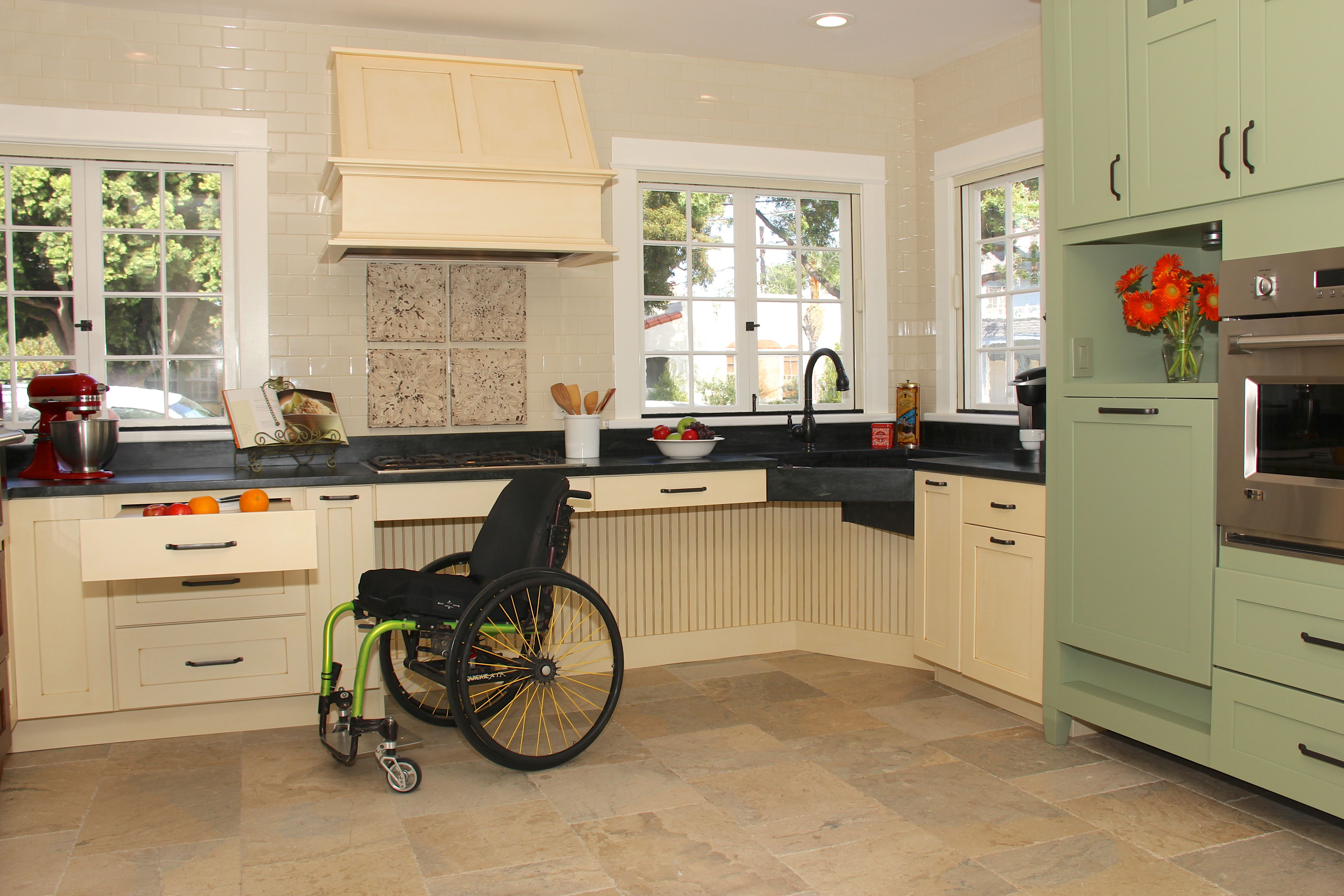 2014 Nkba Design Competition Accessible Kitchen Kitchen Design Best Kitchen Designs