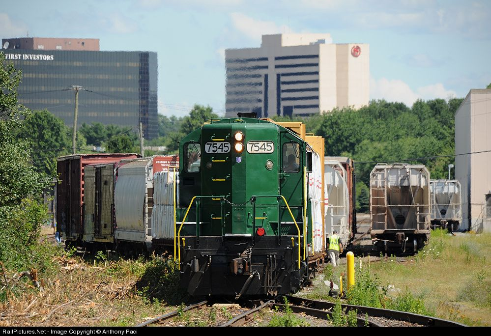 RailPictures.Net Photo: RCRY 7545 Raritan Central Railway EMD GP10 at Edison, New Jersey by Anthony Paci
