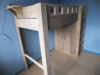Hoogslaper Met Kastruimte : Scheidingswand met kastruimte hoogslaper logeerbed en wastafel