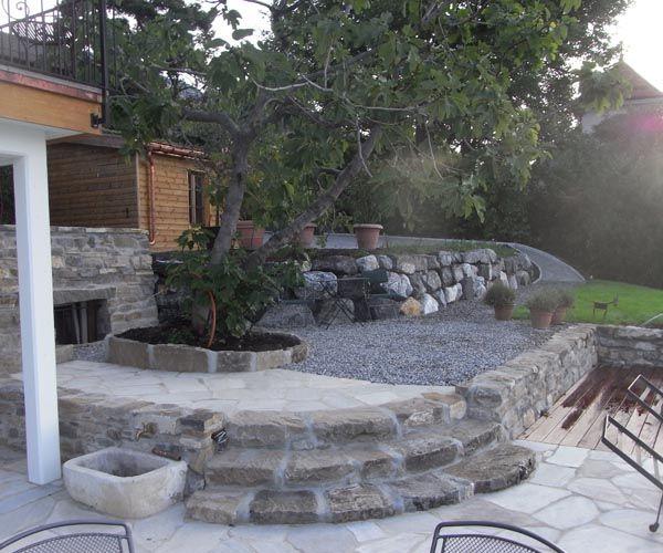 Jardin muret de pierre et escalier id terrasse pinterest diy patio backyard patio et patio - Escalier de jardin en pierre ...