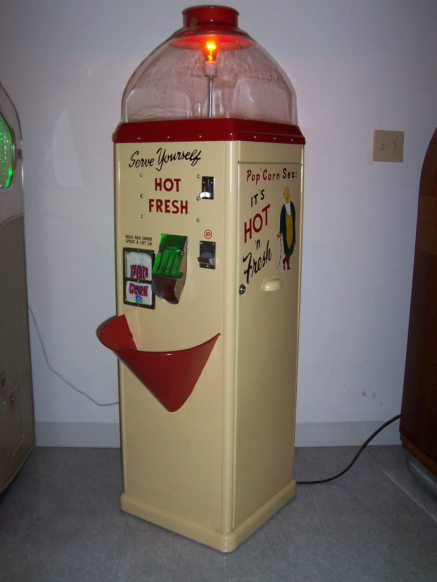 old vending machine for sale view topic other popcorn machines - Popcorn Machine For Sale