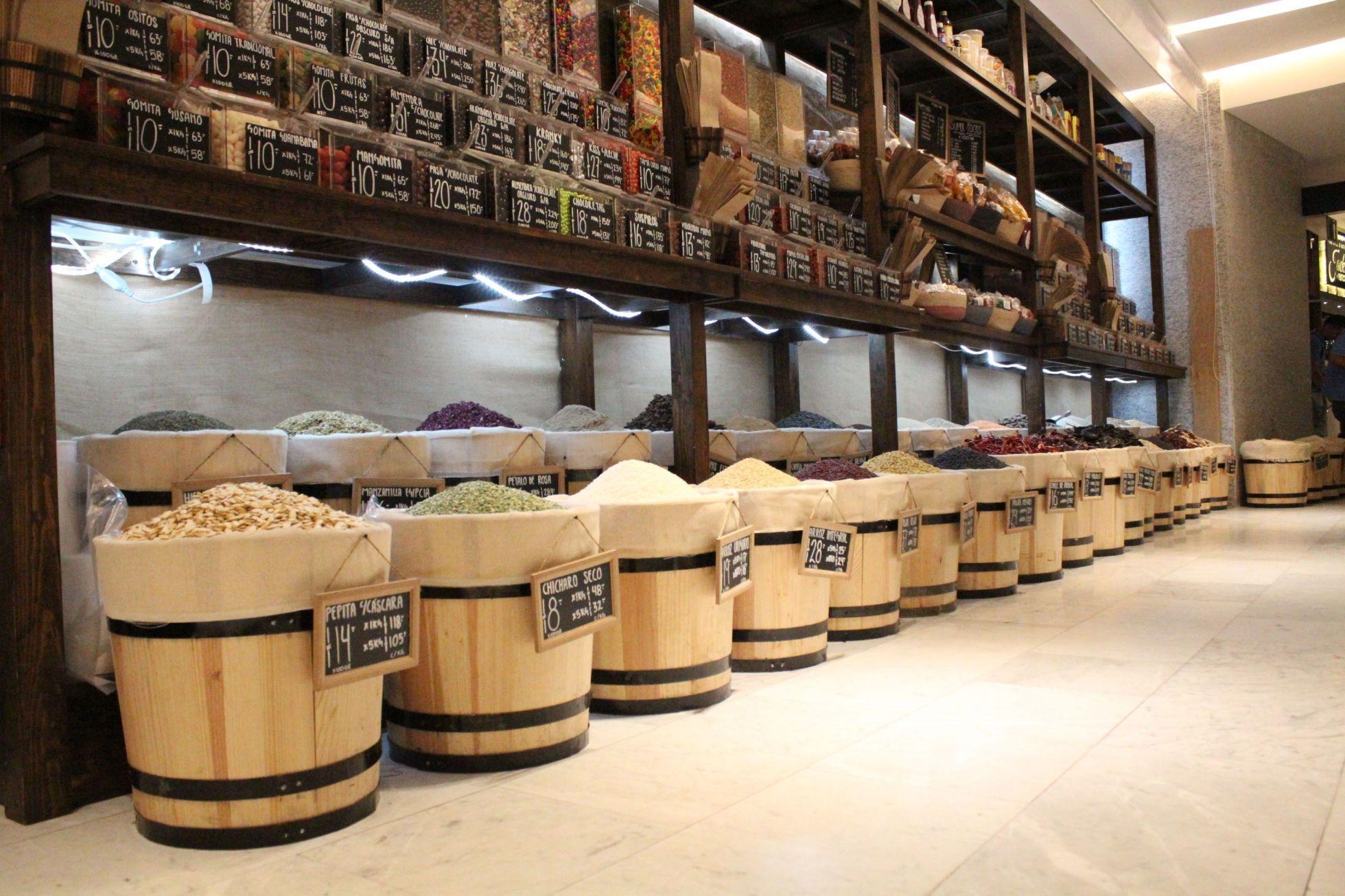 La Buena Cosecha El Nuevo Spot Para Comprar Sabor A Granel Food Pleasure Diseño De Supermercado Diseño De Tienda Diseño Interior De Tienda