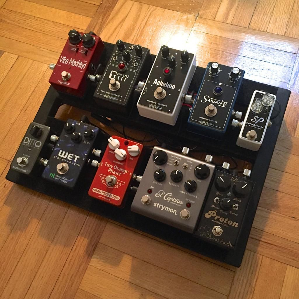 Clean guitar pedals pedalboard guitar effects pedals