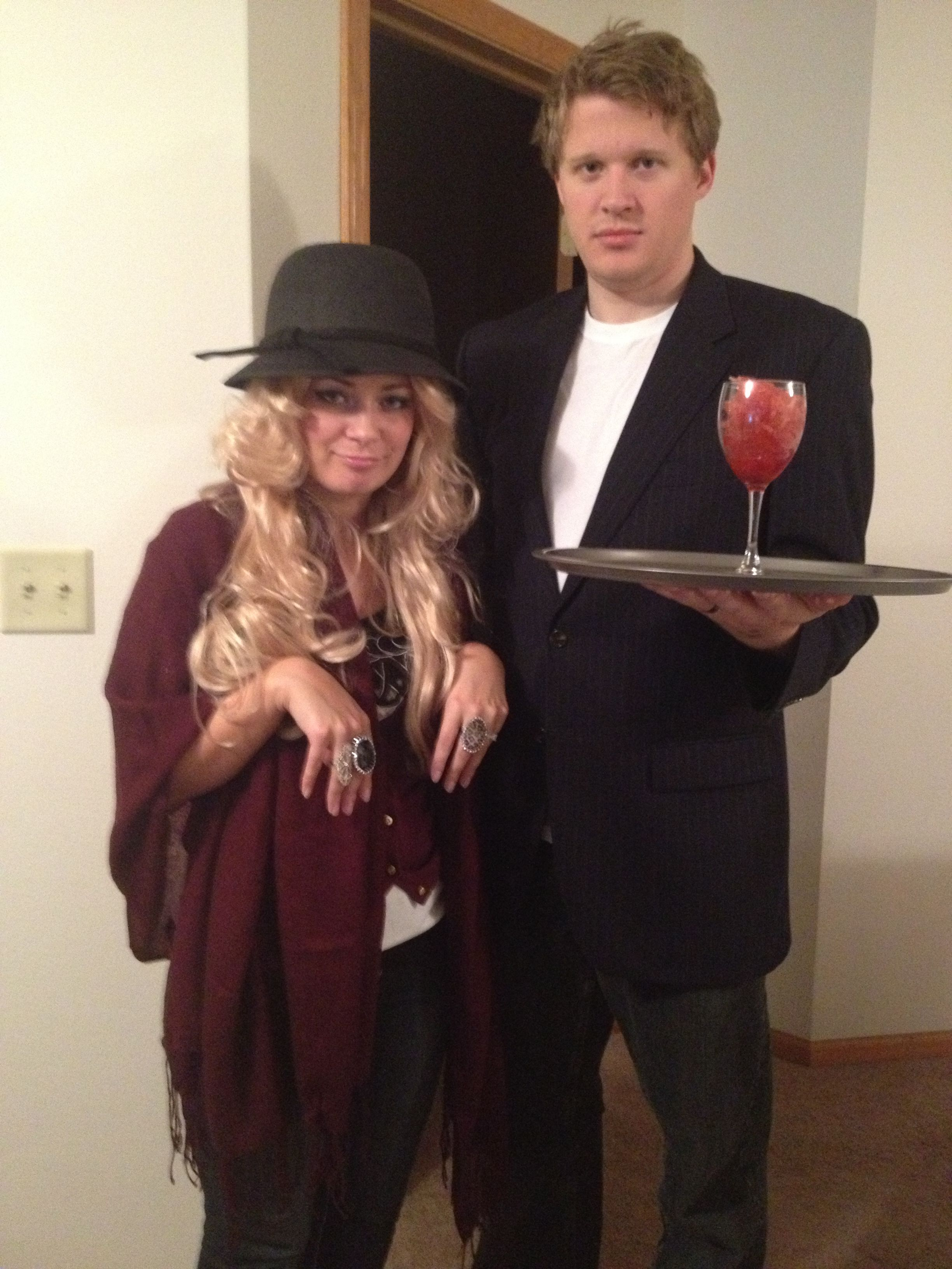 Very Mary Kate and Bodyguard halloween costume | Costumes ...