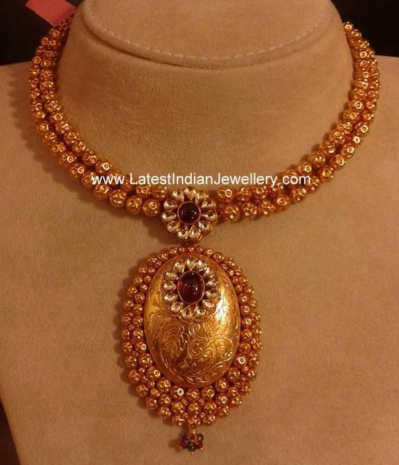 Simple necklace from malabar gold simple necklace gold for Simple gold ornaments