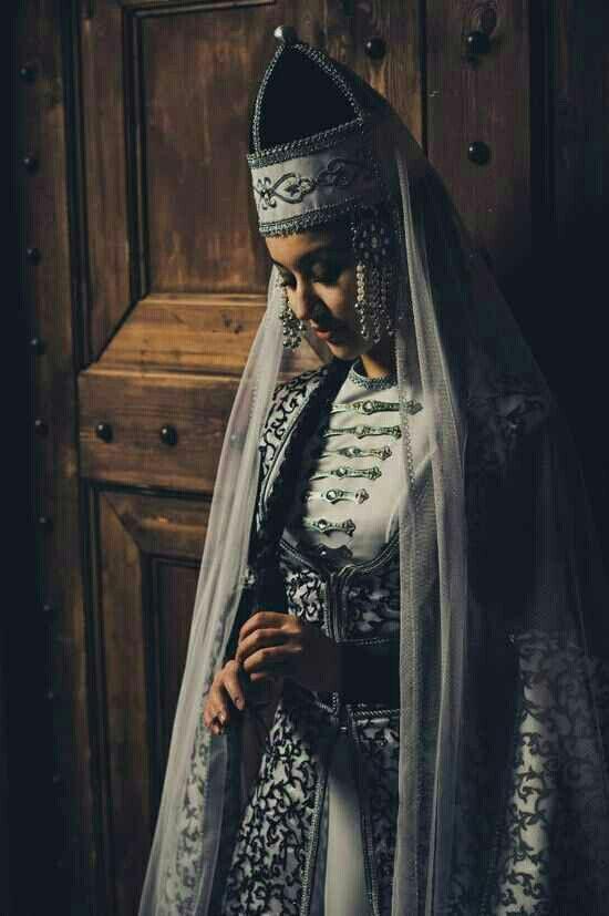 3a43b3de3944d Circassian woman | KaVkaZ | Celtic clothing, Dresses, Fashion