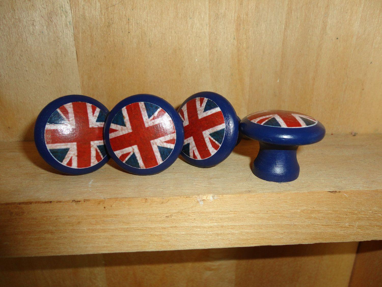 Union Jack/British Flag 1-1/4 inch Round Wooden Drawer Pulls ...