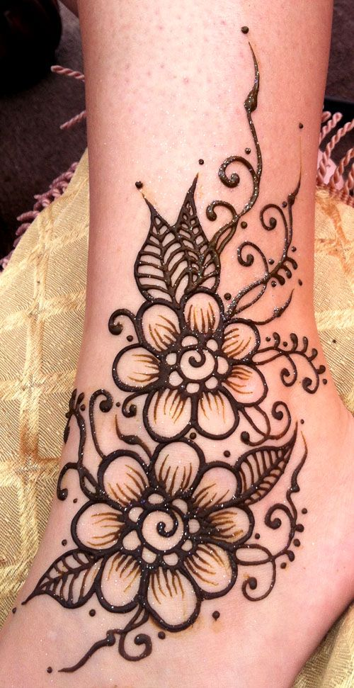 Leg Flower Henna Tattoo: Henna At The Alamogordo, NM, Wine And Music Festival. Sept