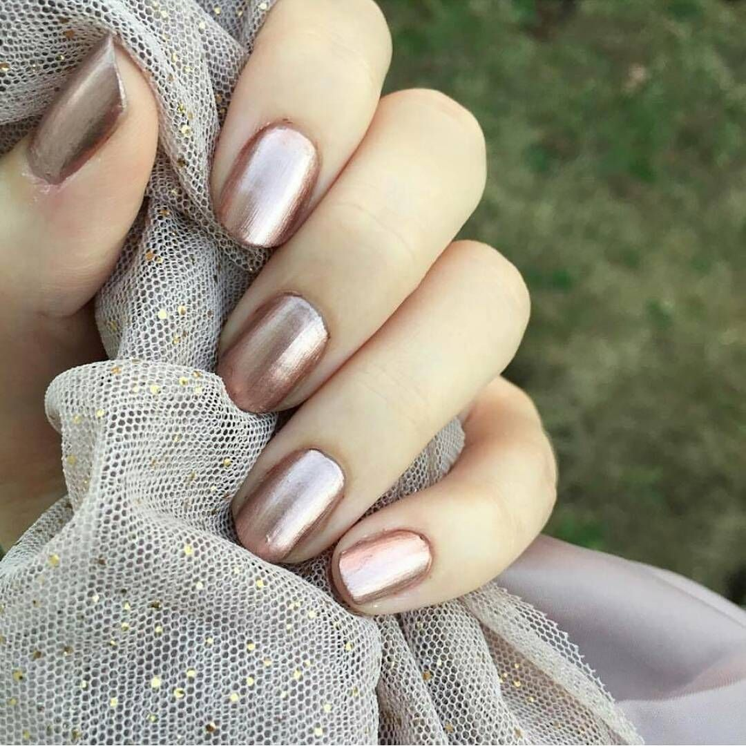 15 New Year\'s Eve Nail Designs for Every Party | Check, Make up and ...