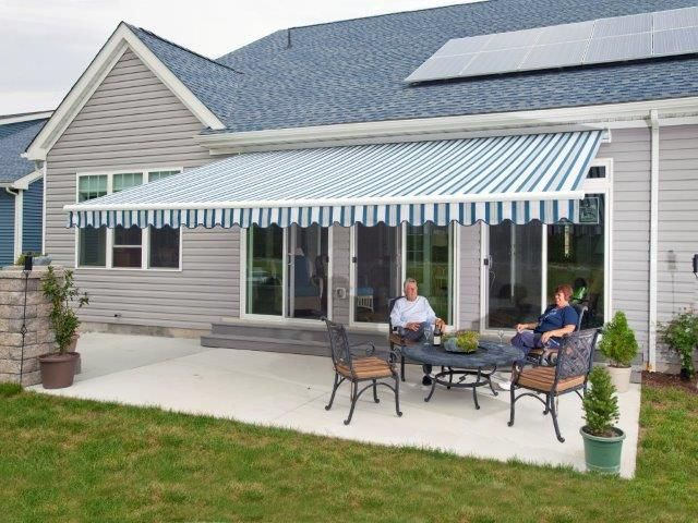 Retractable Awnings Provide Cool Shade Substantially Lowering Air Conditioning Bills And Protect Valuab Awning Shade Tent Awning Retractable Awning