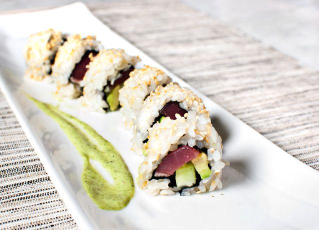 seared tuna roll with basil aioli