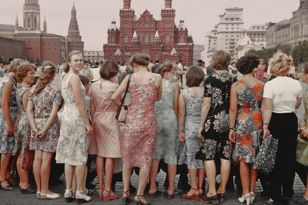 Boris Savelev: Red Square Girls, 1981