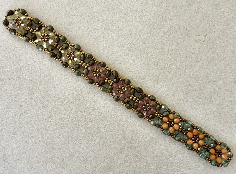 Linda's Crafty Inspirations: Playing with my beads...Tokyo Rows Bracelet